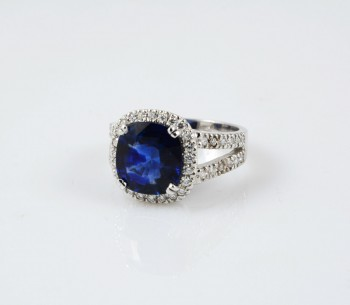 Big Blue Ring