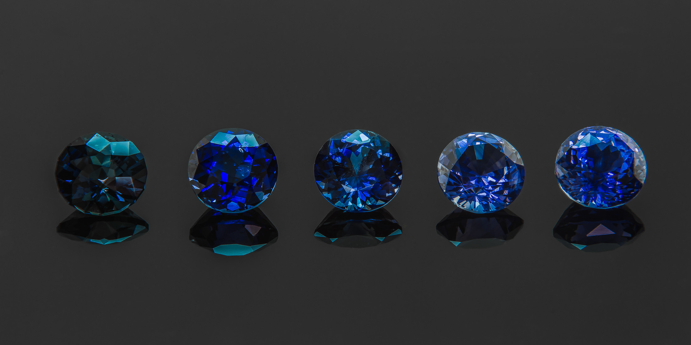 stone spinning stock diamond video videoblocks blue background sapphire loop wedding gemstone footage colorful gem